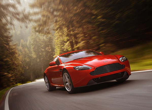 https://www.whatcar.lv/cars/Aston Martin/Vantage Coupe/93b2b28689cfb40844939ac701728c85.jpg