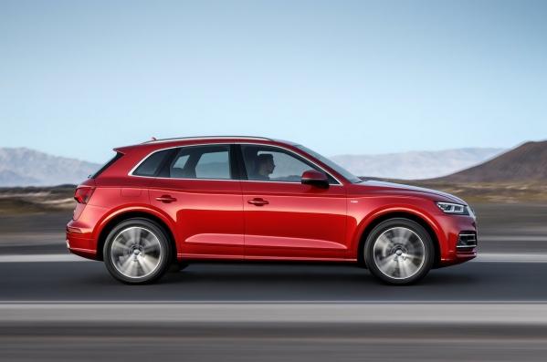 https://www.whatcar.lv/cars/Audi/Q5/1487574572-Audi-Q5-2017-1280-40.jpg