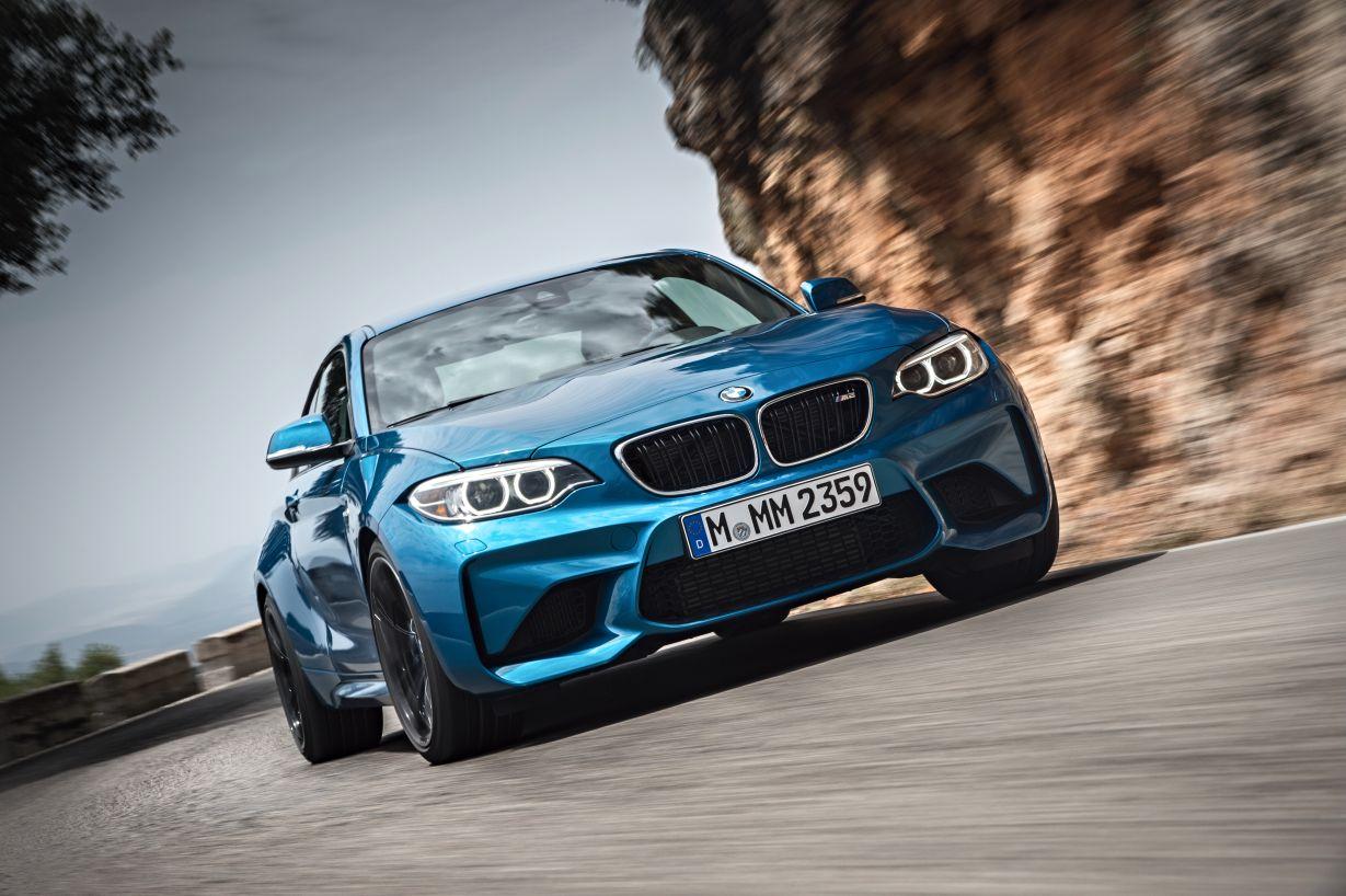 https://www.whatcar.lv/cars/BMW/M2/026ea17beafe3d608cd3895a3f6e0a2d.jpg