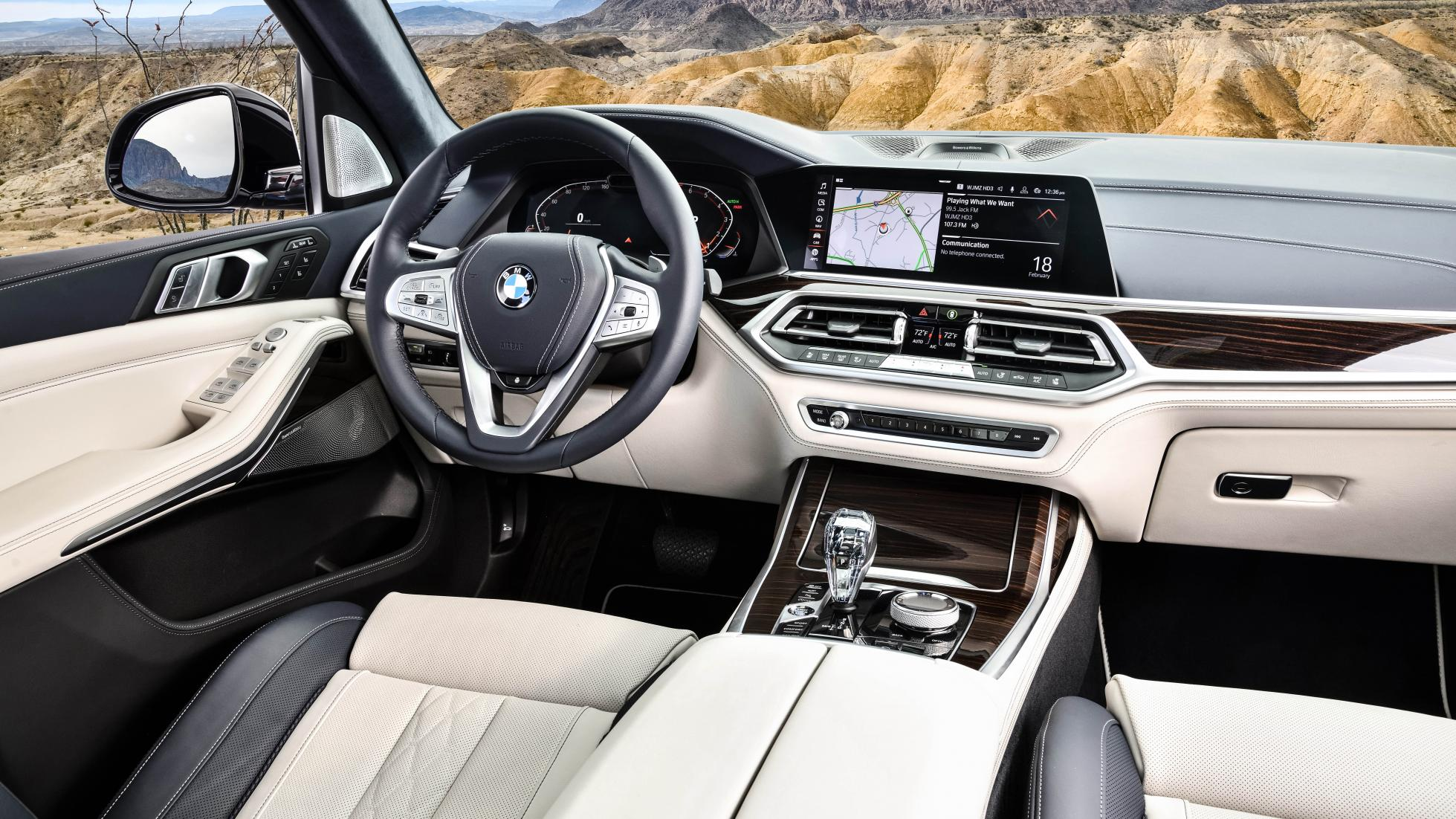 https://www.whatcar.lv/cars/BMW/X7/7bd8ba64681be39acc695f77a0c9f489.jpg