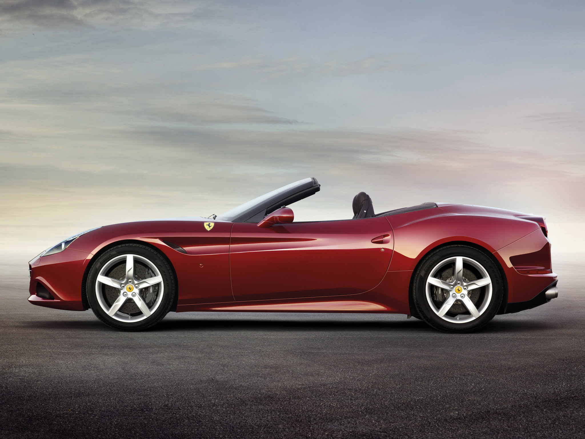 https://www.whatcar.lv/cars/Ferrari/California rodsters/2a5e5aaa8740a7315e5820a113418f8f.jpg