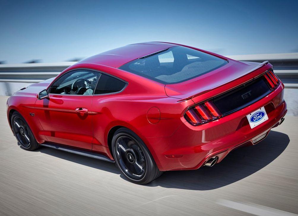 https://www.whatcar.lv/cars/Ford/Mustang/6189e6e40884ca86e4f8670f9d8168fe.jpg