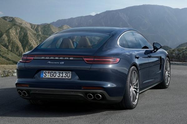 https://www.whatcar.lv/cars/Porsche/Panamera/1487577759-Porsche-Panamera-2017-1280-20.jpg