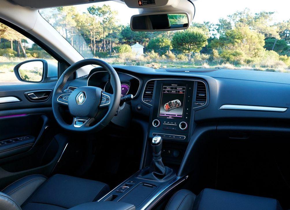 https://www.whatcar.lv/cars/Renault/Megane/1f885e4497ffe2560deec6b6d7617ec2.jpg