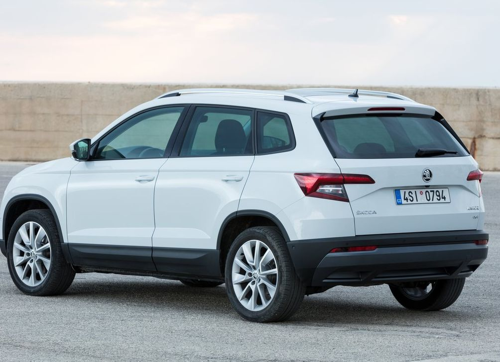 Auto tests izvērsts - Škoda Karoq - What Car?