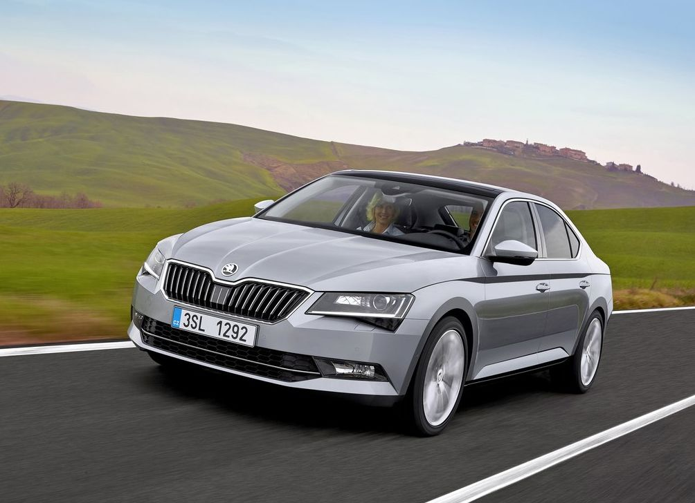 https://www.whatcar.lv/cars/Skoda/Superb/292596cb782b66d963c5b5a6bc98573c.jpg