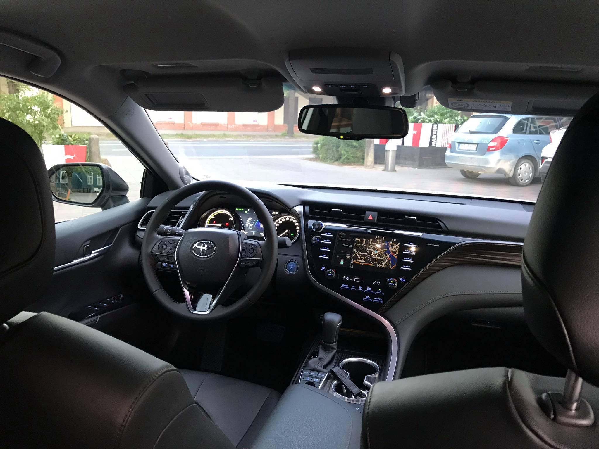 https://www.whatcar.lv/cars/Toyota/Camry/a4d2bb447ff96fcf627c4f9e92ae6d3a.jpg