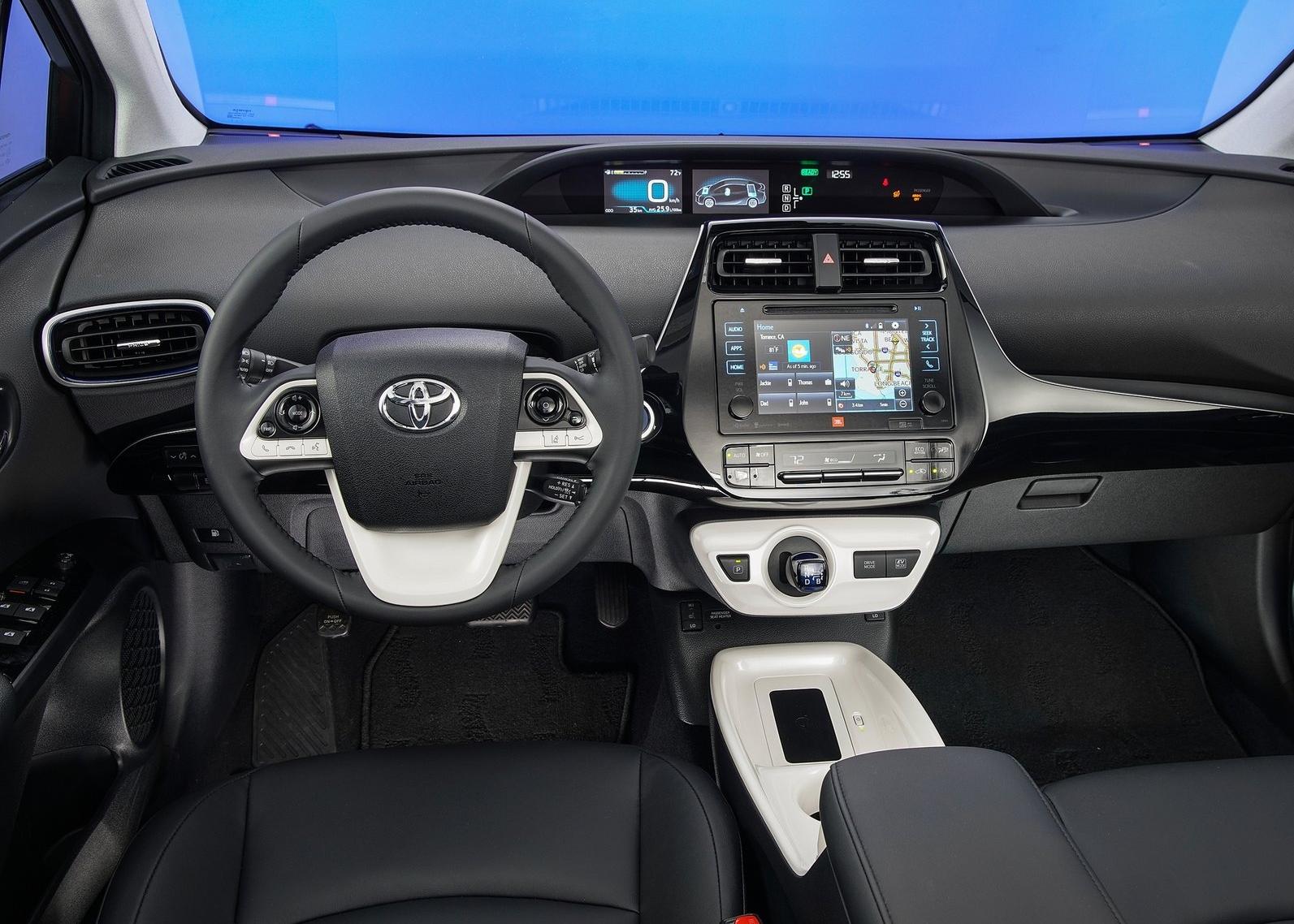 https://www.whatcar.lv/cars/Toyota/Prius/bc35c0214860d47f19ac62a37dfcd966.jpg