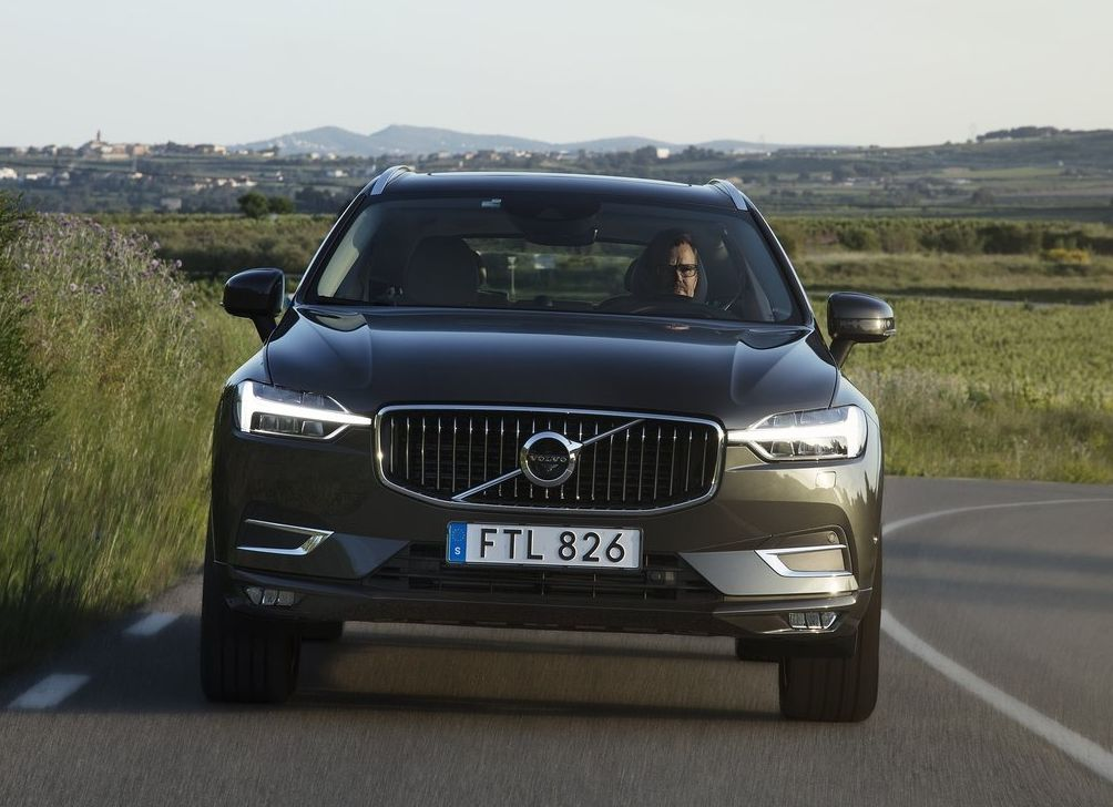 https://www.whatcar.lv/cars/Volvo/XC60/d2be4d9b3bcbb72c366e5541d2c930b8.jpg