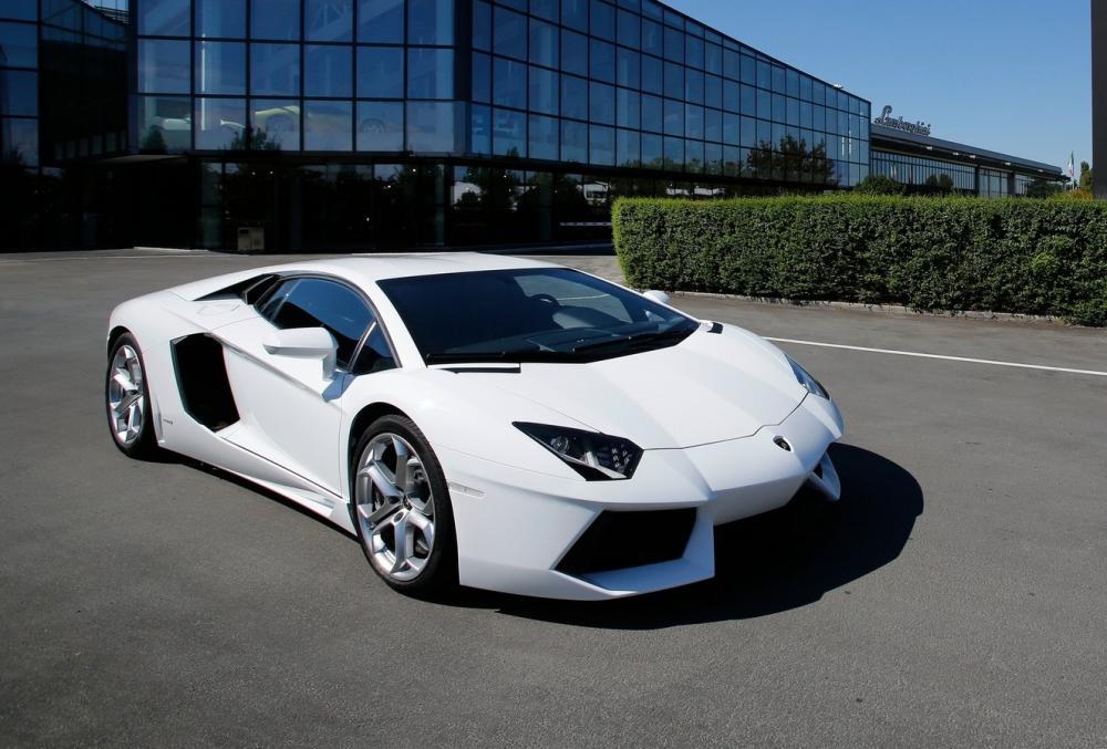 http://www.whatcar.lv/cars/models/ce36831332ba31889c562ad4291e438b.jpg