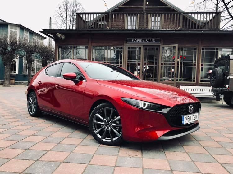 Mazda 3: pirmie iespaidi