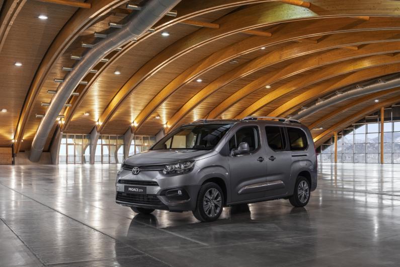 Jaunais Toyota Proace City Verso pieejams Latvijā
