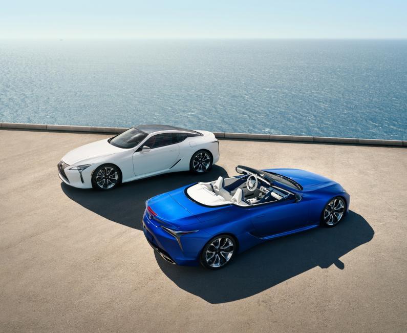 Lexus iepazīstina ar jauno LC 500 kabrioletu