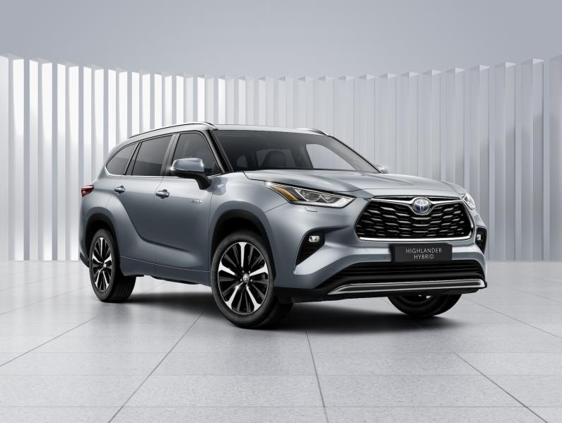 Toyota uzsāk septiņvietīgā Highlander pārdošanu Baltijā