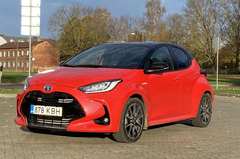 Toyota Yaris Style 1.5 Hybrid: pirmie iespaidi