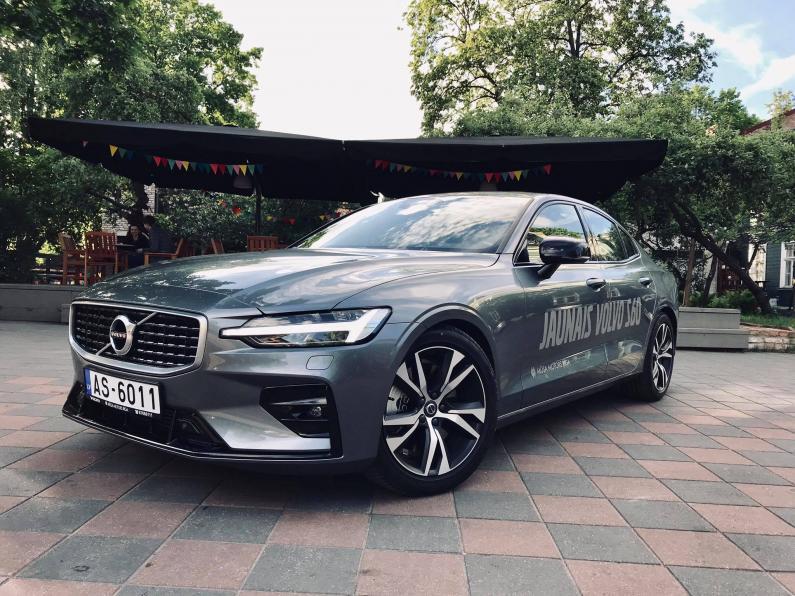 Testa brauciens: Volvo S60