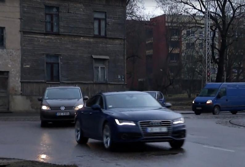 Rīgas piņķerīgie krustojumi - Jūrmalas gatves & Slokas ielas krustojums