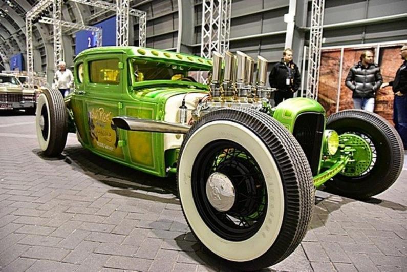 Jaudīgi sacīkšu auto, tūnings un hotrodi izstādē Auto Exotica Ķīpsalā