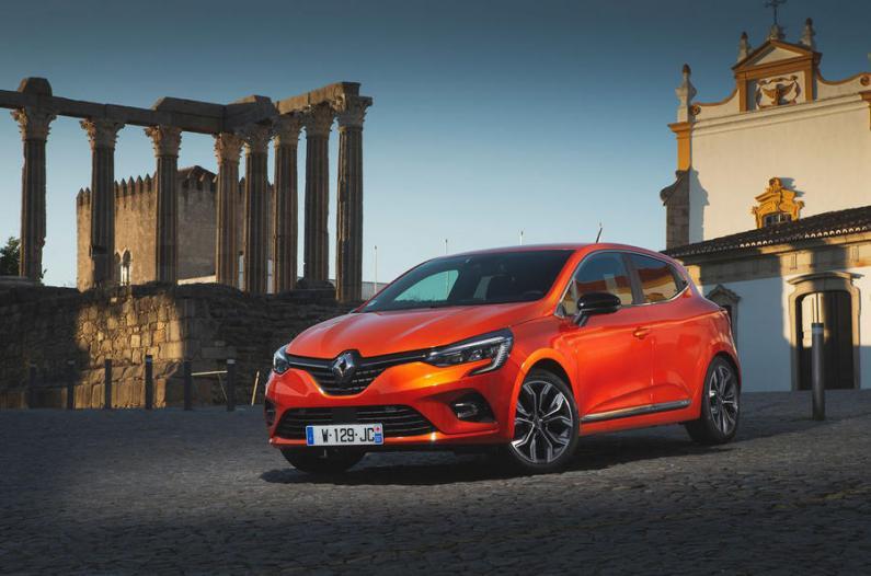 Renault Clio: pirmie iespaidi